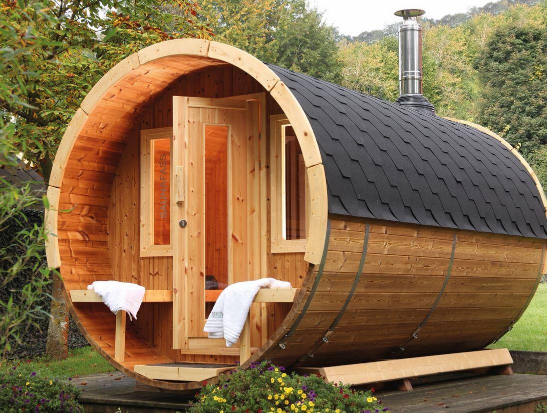 «Баня из лафета: преимущества и недостатки. Особенности строительства бани из лафета своими руками» фото - 9