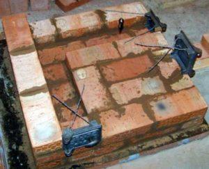 «Кирпичная печь для бани своими руками» фото - kirpichnai pech 6 300x243