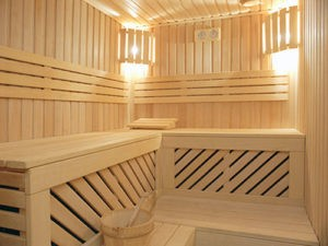 «Внутренняя отделка бани своими руками: материалы и особенности» фото - vnutr otdelka 2 300x225
