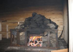 «Баня по-черному своими руками: особенности постройки» фото - banja po chernomu 6 300x211