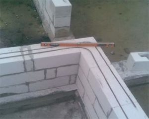 «Баня из газобетона: постройка своими руками» фото - banya iz gazobetona 6 300x240