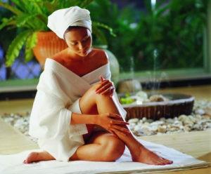 «Массаж в бане: польза, популярные техники» фото - massaj banya 7 300x248