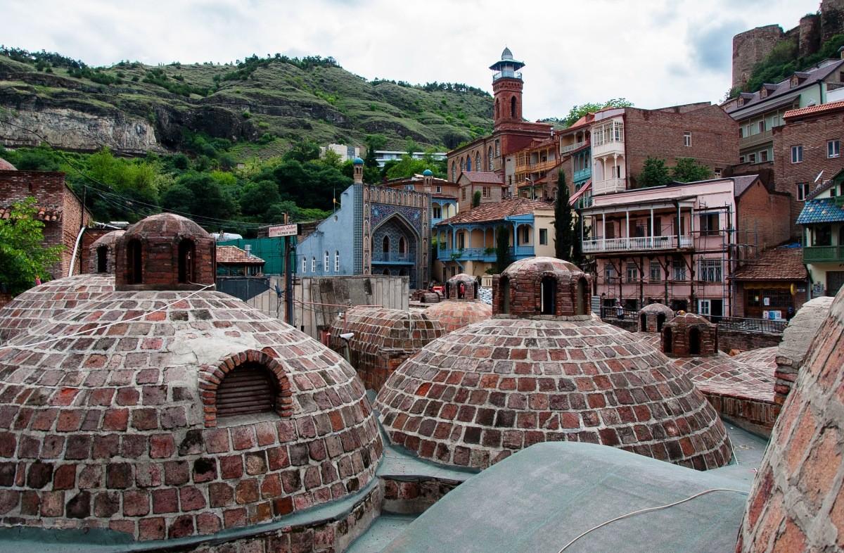 Какую серную баню лучше посетить в тбилиси