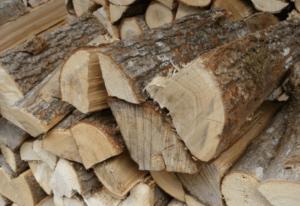 «Баня на дровах: особенности бани и выбор дров» фото - banya na drovah 7 300x206