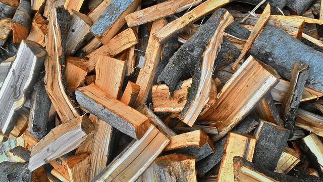 «Как выбрать дрова для бани? Как растопить баню дровами?» фото - drova dlya bani 6