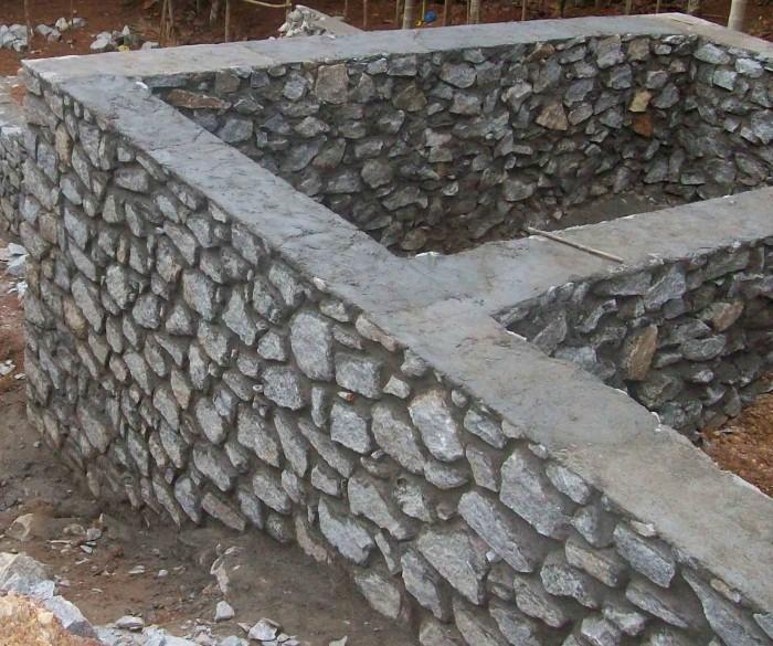 «Ленточный фундамент и его особенности. Как сделать ленточный фундамент для бани? Пошаговая  инструкция» фото - lentochnyj fundament 5