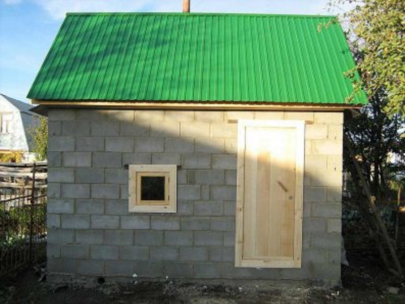«Проекты бань из керамзитобетонных блоков: фото и особенности. Этапы строительства бани из блоков» фото - proekt keramzit 10 800x600