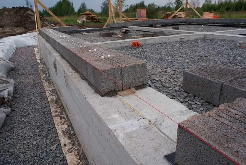 «Проекты бань из керамзитобетонных блоков: фото и особенности. Этапы строительства бани из блоков» фото - proekt keramzit 16 800x535