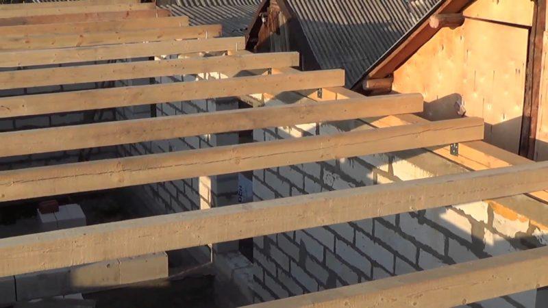 «Крыша бани своими руками: пошаговое руководство» фото - krysha bani 9 800x450