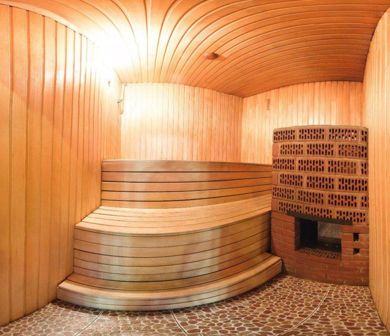 «Баня 5 на 6: планировка, особенности составления проекта. Варианты проектов бани 5х6 м» фото - banya 5 na 6 3 800x690