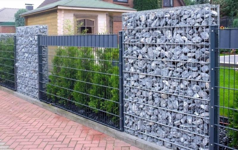 «Как сделать декоративный забор своими руками?» фото - 10 800x504