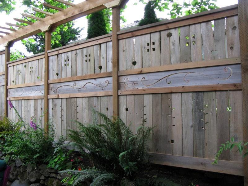 «Как сделать декоративный забор своими руками?» фото - 12 1 800x600
