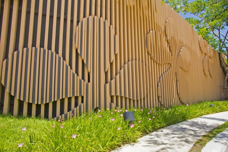 «Как сделать декоративный забор своими руками?» фото - 18 800x534