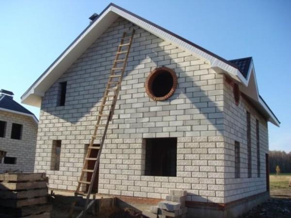 «Баня из газосиликатных блоков своими руками: преимущества, этапы строительства» фото - banya gazosilikat blok 2
