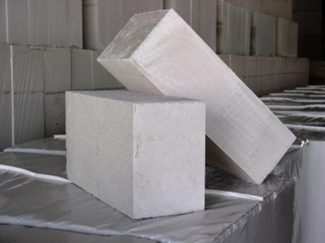 «Баня из газосиликатных блоков своими руками: преимущества, этапы строительства» фото - banya gazosilikat blok 4