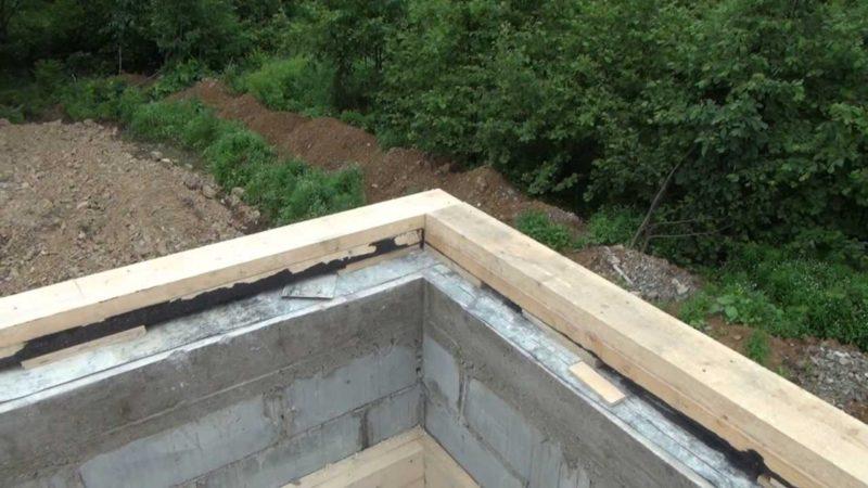 «Баня с односкатной крышей. Как сделать односкатную крышу для бани своими руками?» фото - banja odnoskatnaja krysha 10 800x450