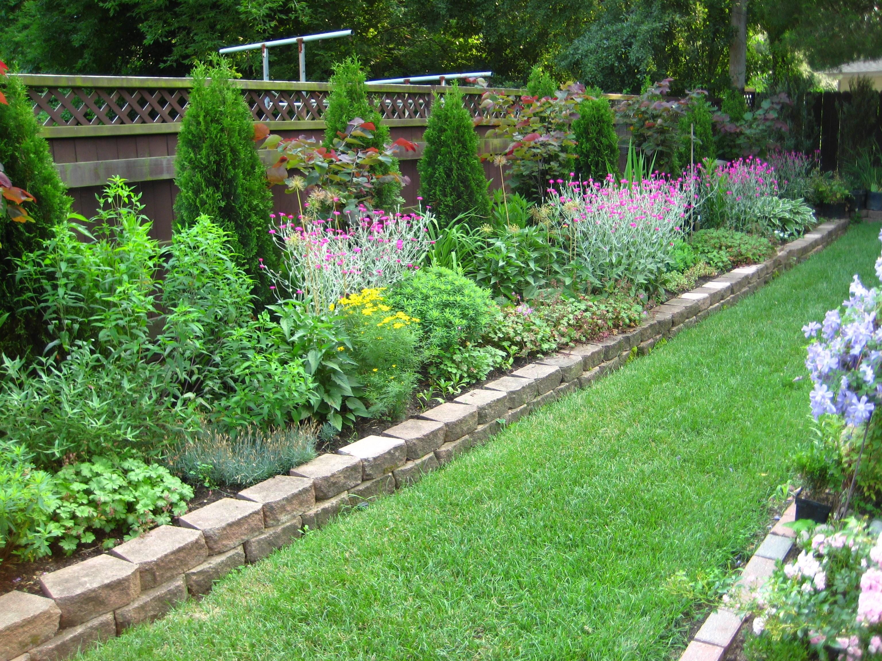 «Выбираем ландшафтный дизайн своего сада своими руками» фото - garden design ideas hard landscaping 6