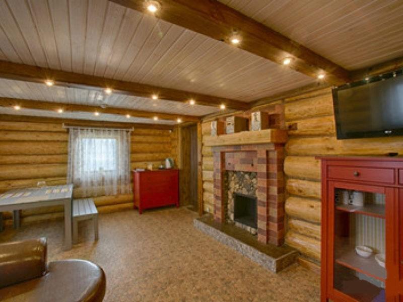 «Внутренняя отделка бани из бруса: идеи, советы и фото» фото - vnut otdelka brevno 14 800x600