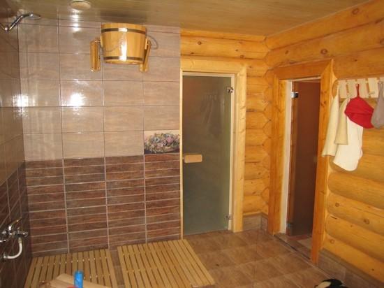 «Внутренняя отделка бани из бруса: идеи, советы и фото» фото - vnut otdelka brevno 9