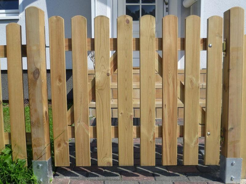 «Как сделать калитку в заборе своими руками: виды и пошаговая инструкция» фото - 33492397 w640 h640 stroganaya kalitka 800x600