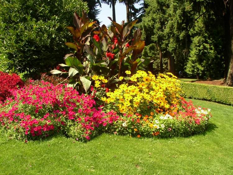 «Клумба для цветов своими руками» фото - Vashington park1