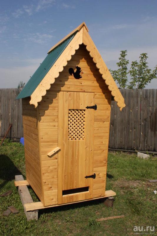 «Туалет для дачи Теремок - как сделать своими руками, где купить, идеи для туалета» фото - 10 4 533x800
