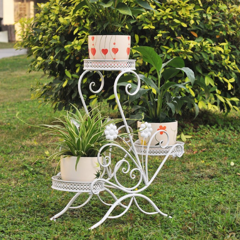 «Интересные идеи дизайна клумбы на даче» фото - ECDAILY Nocquet excellent flower garden wrought iron floor living room balcony showy flower three flower pots 800x800