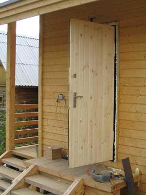 «Входная дверь в баню: виды и их особенности. Как выбрать входную дверь в баню?» фото - vhod banya 13