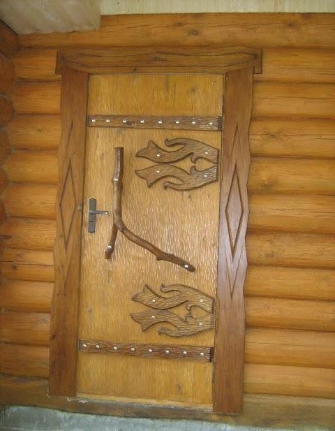 «Входная дверь в баню: виды и их особенности. Как выбрать входную дверь в баню?» фото - vhod banya 5