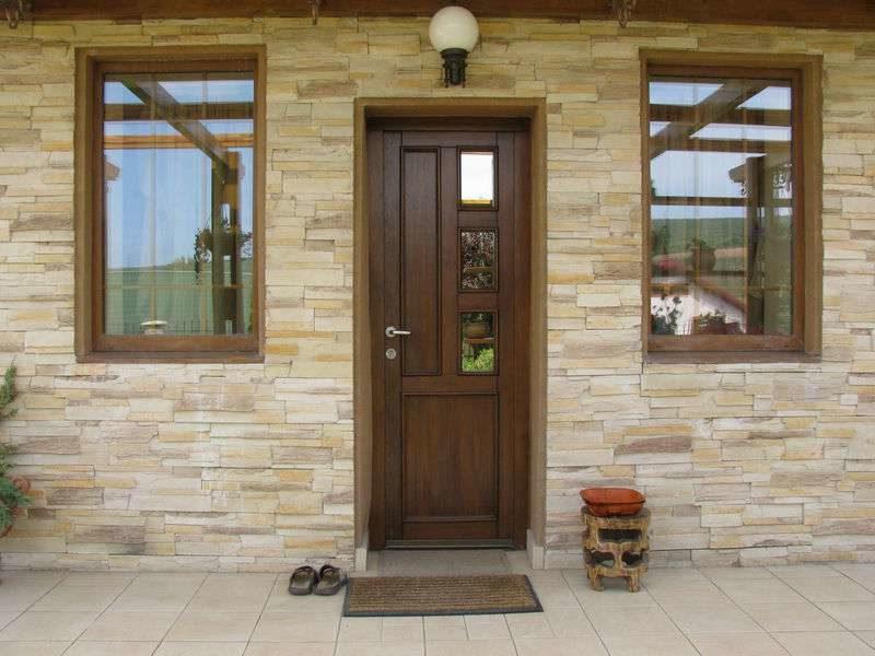 «Входная дверь в баню: виды и их особенности. Как выбрать входную дверь в баню?» фото - vhod banya 8 800x600