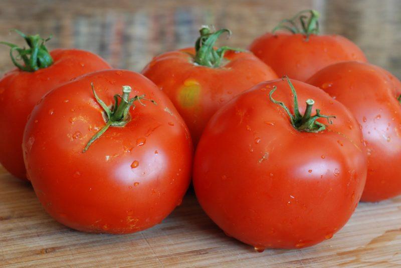 «Лучшие сорта помидор - фото и описание» фото - tomat sibirskiy skorospelyy 15 800x536