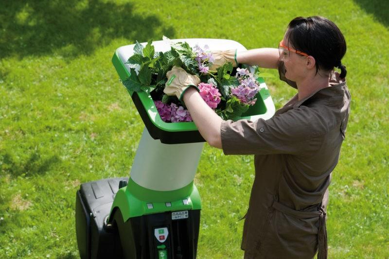 «Садовый измельчитель для травы и веток» фото - Ispolzovanie sadovogo izmelchitelya 800x533