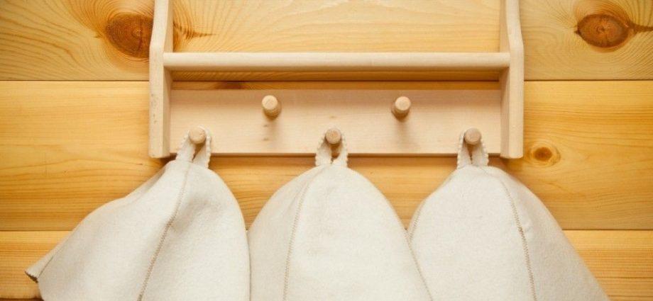 «Шапки для бани: особенности и виды. Как сделать шапку для бани своими руками: выкройки, фото, инструкции» фото - shapki 1 920x425