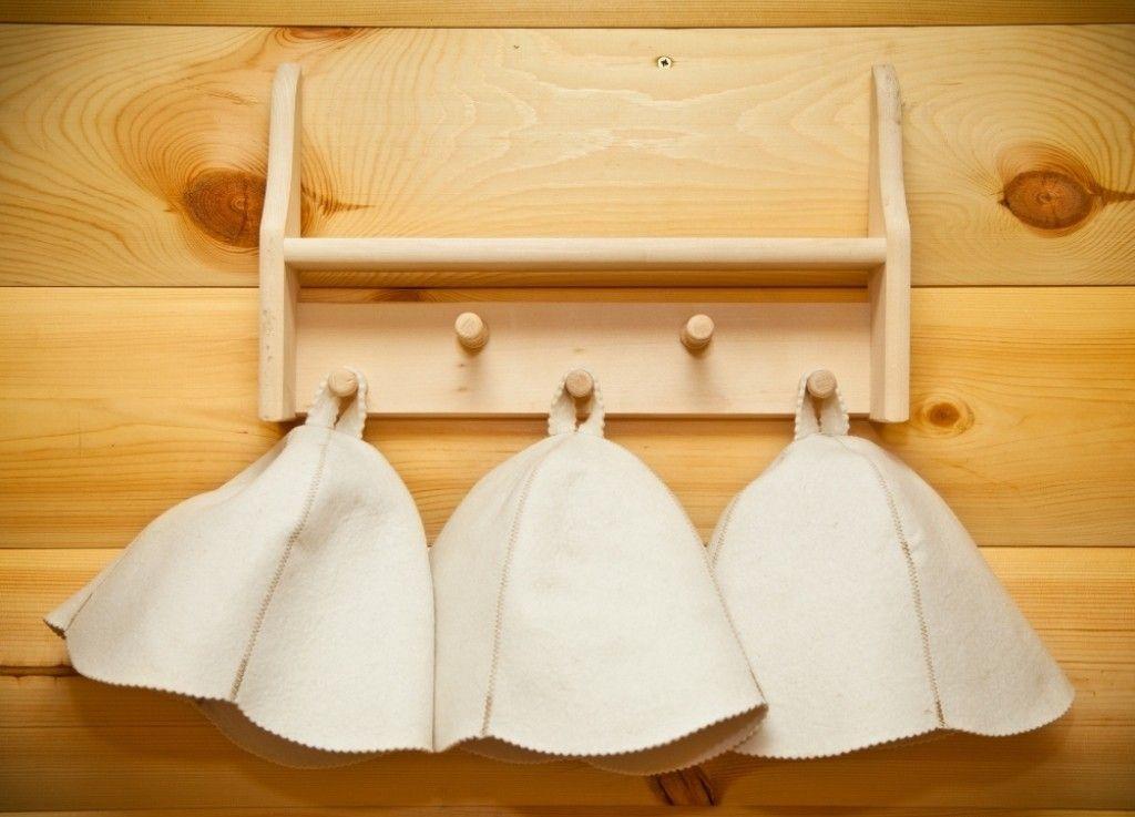 «Шапки для бани: особенности и виды. Как сделать шапку для бани своими руками: выкройки, фото, инструкции» фото - shapki 1
