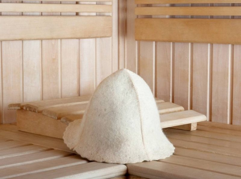 «Шапки для бани: особенности и виды. Как сделать шапку для бани своими руками: выкройки, фото, инструкции» фото - shapki 20 800x595