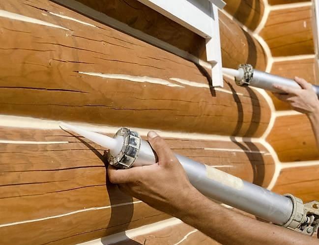 «Конопатка сруба: особенности, выбор материала. Как правильно конопатить сруб?» фото - konopatka sruba 7