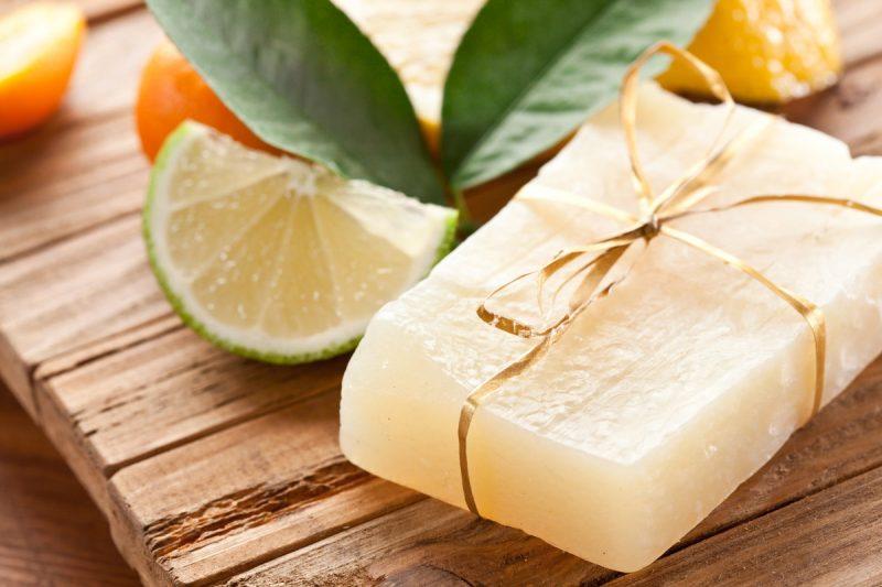 «Мыло для бани: виды, особенности. Мыло для бани своими руками: рецепты, фото, идеи» фото - mylo dlja bani 2 800x533