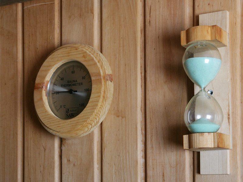 «Термометр для бани: виды, особенности. Как выбрать термометр для бани?» фото - termometr bani 16 800x600