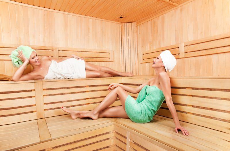 «Как похудеть в бане? Процедуры в бане для похудения» фото - pohudenie v bane 2 800x528