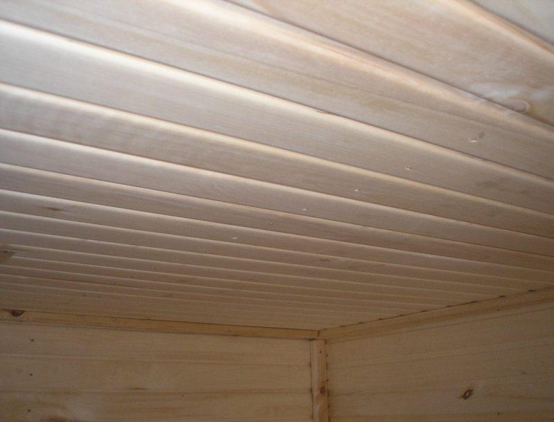 «Как сделать потолок в бане» фото - Potolok panelnogo tipa 800x610