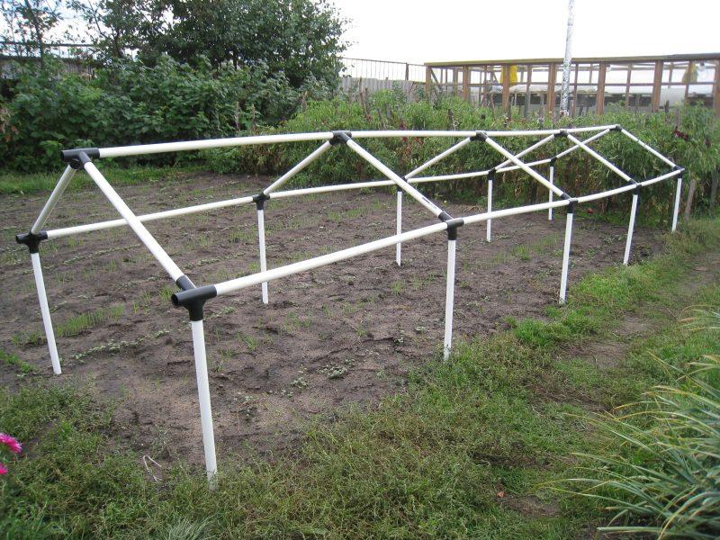 «Теплицы из поликарбоната (3х4, 3х6, 3х8)» фото - Teplitsa iz plastikovyh trub 800x600