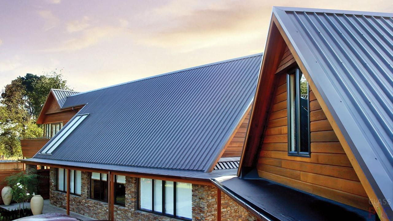 «Как самостоятельно покрыть крышу профнастилом» фото - profnastil