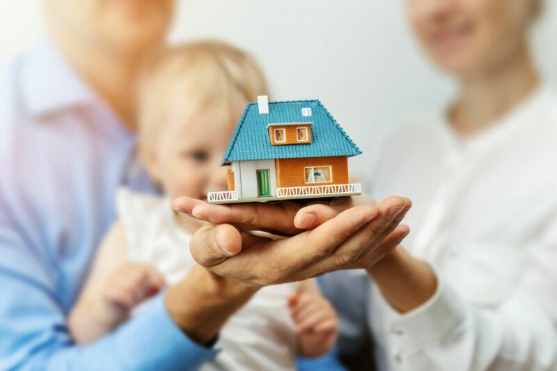 «Продажа жилья, купленного на материнский капитал» фото - e461af18bc6eba658abcb2e37b9e5b87 800x533