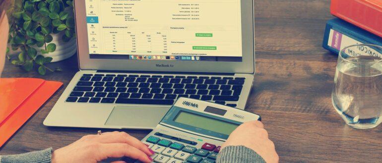 «Налог с продажи недвижимости» фото - bookkeeping 615384 1920 770x330
